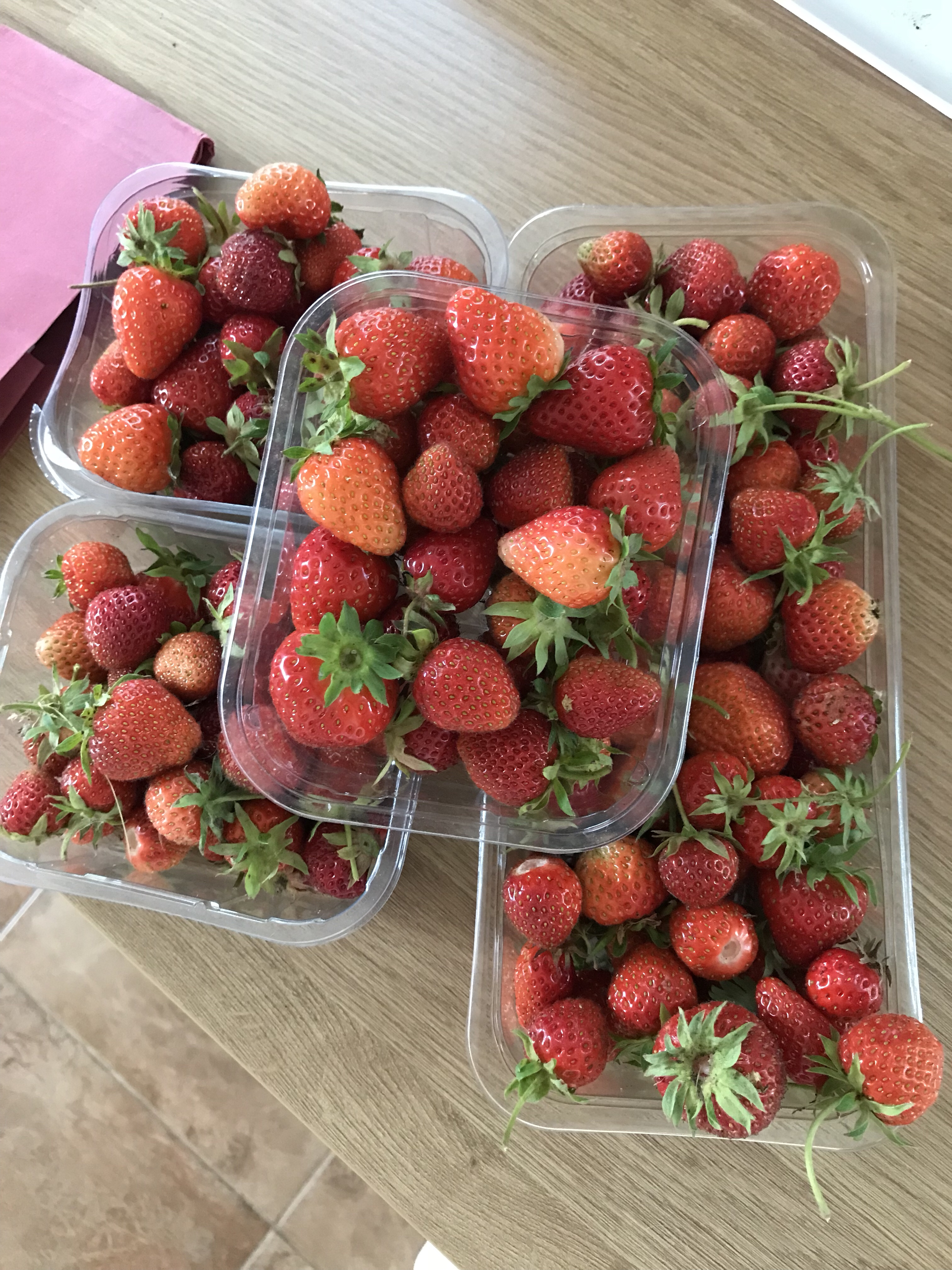 Lots of strawberries in punnets